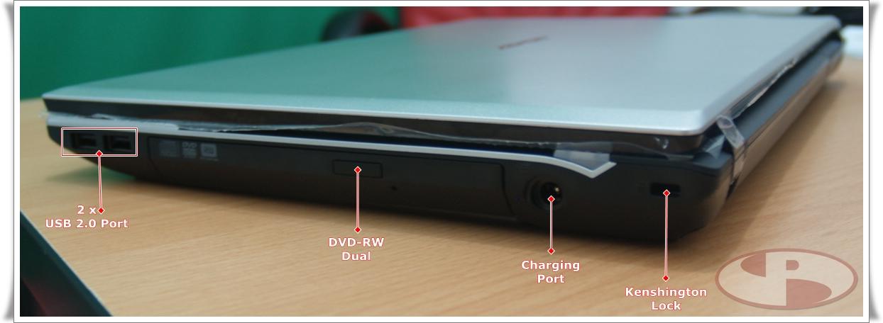 Sisi kanan dengan 2 x USB 2.0, ODDDrive, Charging port dan Kenshington Lock