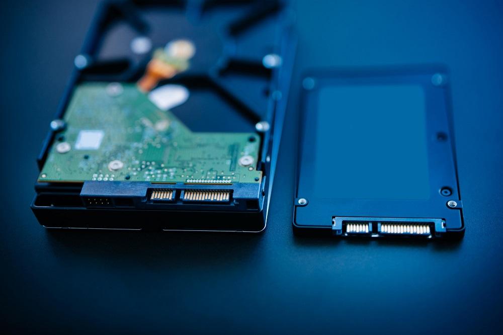 Fisik HDD dan SSD