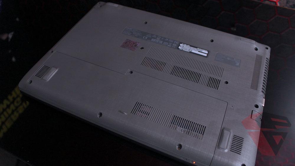 Acer E5 476G - Bottom case