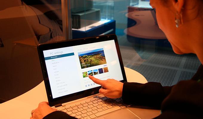 Pilihan lainnya untuk laptop murah, Zyrex Sky 232