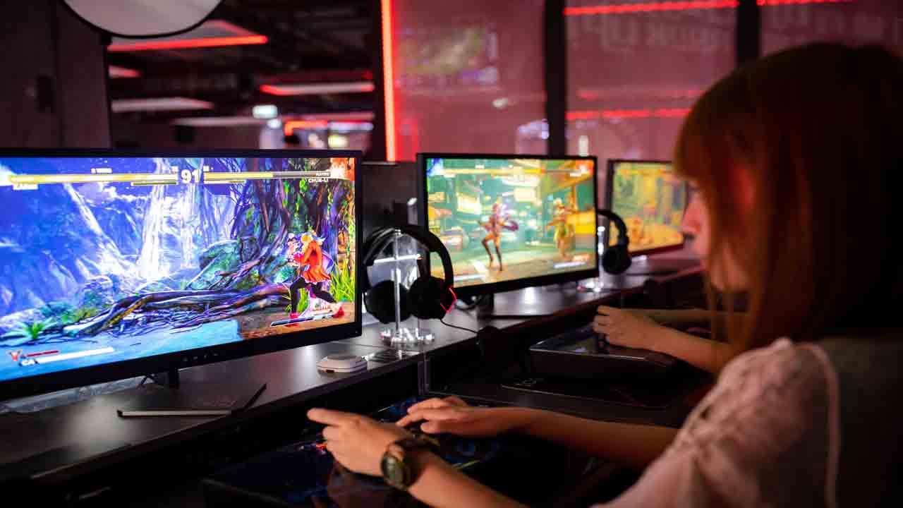 Bermain multiplayer secara gratis menjadi salah satu alasan gamer lebih suka bermain di PC.