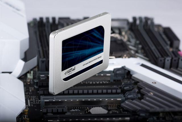 Crucial MX500, SSD terbaik 2021