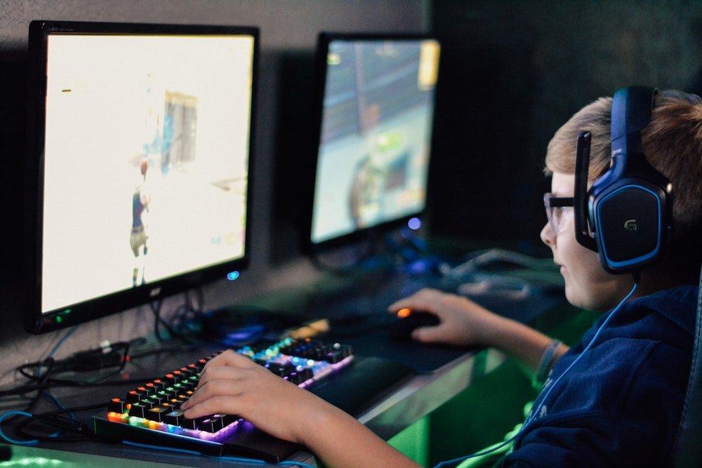 PC vs laptop gaming, performa PC lebih unggul